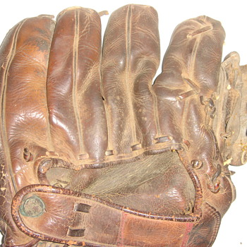 Jackie Robinson Glove - Baseball