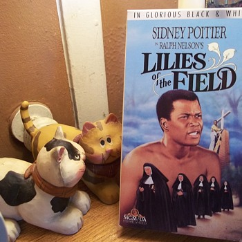 "VHS,"" LILIES OF THE FIELD"", ACADEMY AWARD FOR SIDNEY POITIER, 1963 - Christmas"