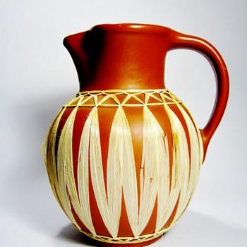GMUNDNER KERAMIK-AUSTRIA - Art Pottery