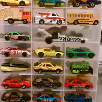 Hot Wheels  - Toys