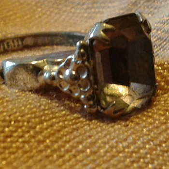 1950's Uncas Patent  Silvertone Flower & Amethyst Glass Ring - Costume Jewelry