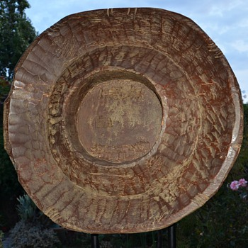 Large Carved Wood Sculpture - Folk Art