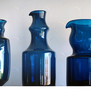 12 parts of the Blue Series - Bertil Vallien, Boda-Åfors 1960s. - Art Glass
