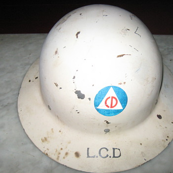 Civil Defense Helmet .. - Military and Wartime