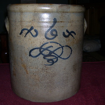 6 Gallon Stoneware Crock - China and Dinnerware