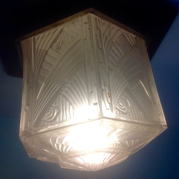 Hettier et Vincent, hall light shade. - Art Deco