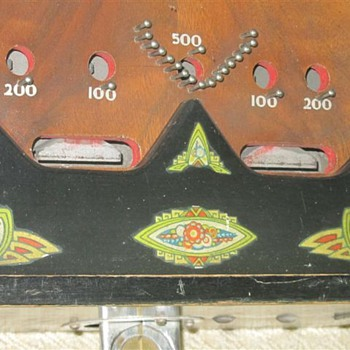 Vintage 5 cent table top pinball Anyone seen this before?