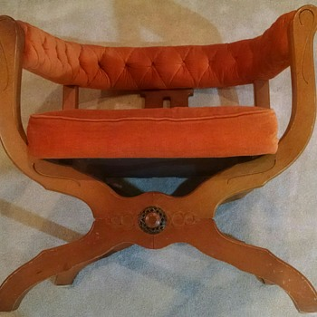 Looking to identify some vintage teak chairs. - Furniture