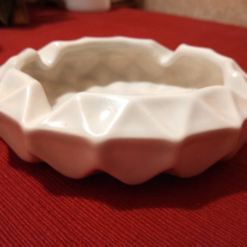 Ceramic Cream glaze Ashtray - Tobacciana