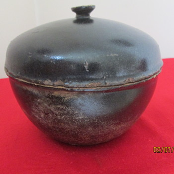 Primitive ? Asian redware lidded bowl triangle signed character mark