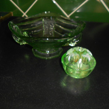 Vintage elephant handled Uranium Glass posy dish/bowl & flower arranging frog