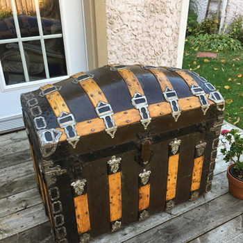 Romadka Brothers Signature Antique Trunk 1880's - Furniture