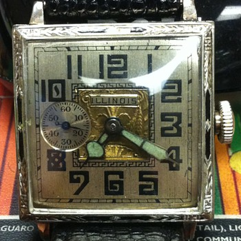Illinois Square - Wristwatches