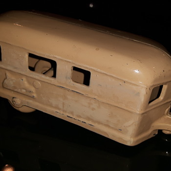 Cast Metal Camping Trailer.  1940's ? - Model Cars