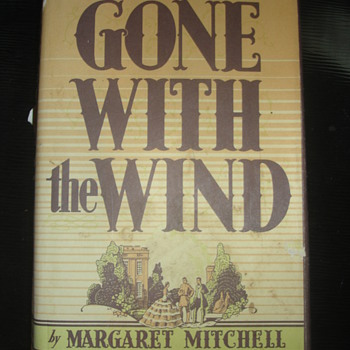 GONE WITH THE WIND BY MARGARET MITCHELL 1964 - Books