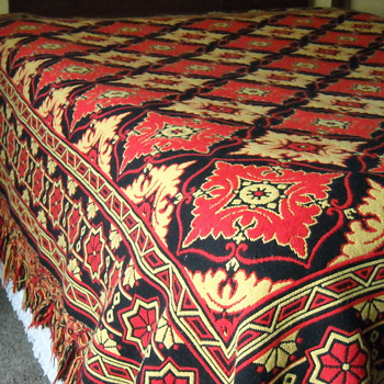 Woven Coverlet Quilt - Rugs and Textiles