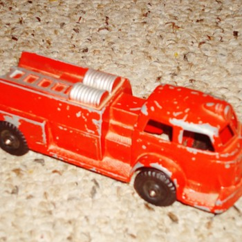 Hubley Fire Truck - Model Cars