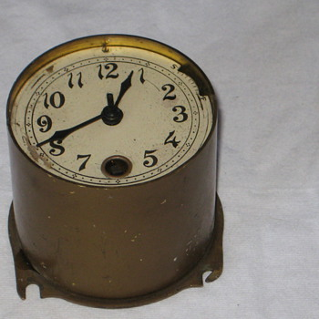 antique small wind up clock insert. - Clocks