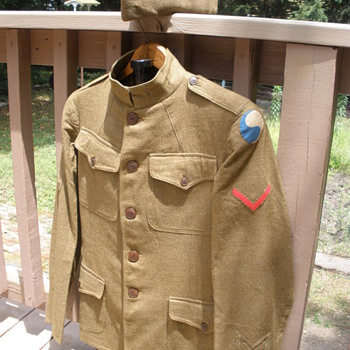 WWI era 29th Infantry Division uniform