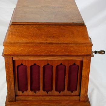 Vinatge Original Oak THOMAS EDISON AMBEROLA 50 Cylinder Phonograph