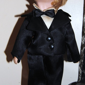 """Prissy"" posed doll I found at a yardsale... - Dolls"