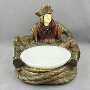1932 J. B. Hirsch Sitting Pirate Change Bowl, Designed by J Ruhl - Art Deco