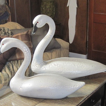 LIFE SIZE SWAN DECOYS DECORATIVE J W COOPER