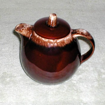 Hull Pottery Brown-drip Teapot