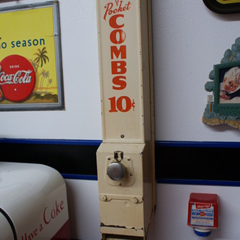 Comb vending machine - Coin Operated