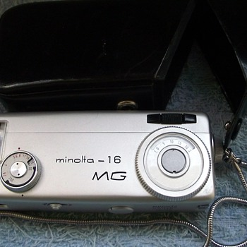 1966-minolta 16mg -sub-minature 16mm camera/film - Cameras