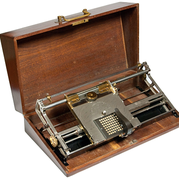 Hall typewriter - 1881