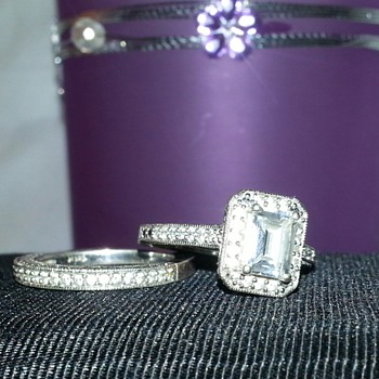 Lovely Wedding Set - Fine Jewelry