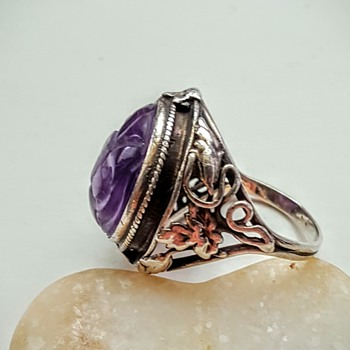 ARTS AND CRAFTS sterling double shank ring Chinese carved amethyst. Part 1.