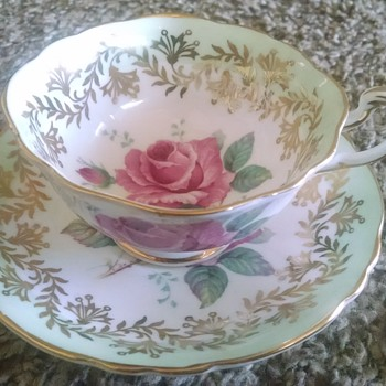Help Identifying Royal Albert Paragon Teacup and Saucer PATTERN and DATE