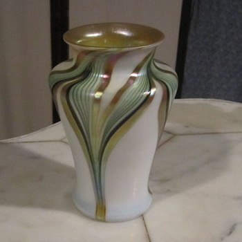 "Zephyr Glass Works Pulled Feather Vase 6.5"" 1980's"