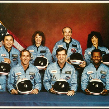 1986 - Space Shuttle Challenger Crew Photo - Photographs