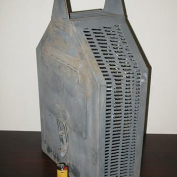 weird heavy carry case