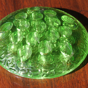 Various Uranium Glass Smalls - Glassware