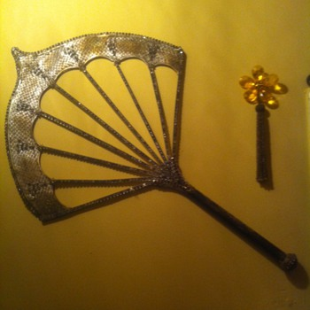 Fan purchased from garage sale - Accessories