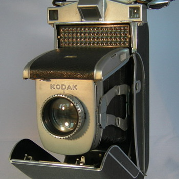 Super Kodak Six 20 - Cameras