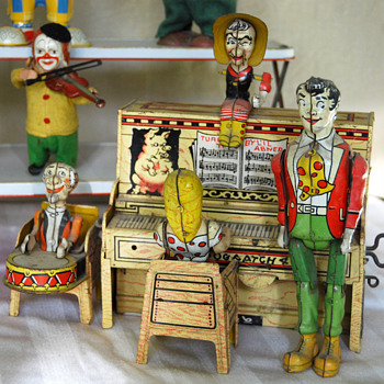 My L'il Abner Dogpatch Band wind-up toy - Toys