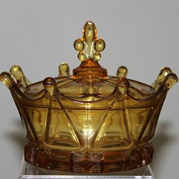 A majestic Sasaki - Glassware