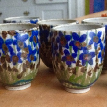 Lovely mystery cups with blue flowers - Art Pottery
