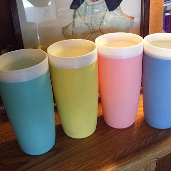 Thermoware--Mid Century  Tumblers==Kept Drinks Hot or Cold - Mid-Century Modern