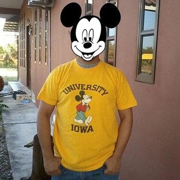 Mickey Mouse And Iowa University - Mens Clothing