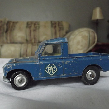 Truck...Radio Rescue...corgi toys