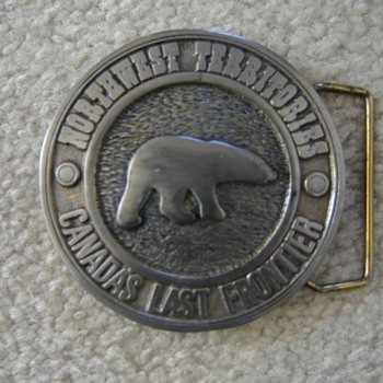NWT belt buckle
