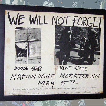 #42 ~ Original 1970 KENT STATE National MORATORIUM Poster - Posters and Prints