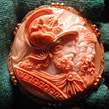 Fabulous 3-D double headed cameo - Victorian Era