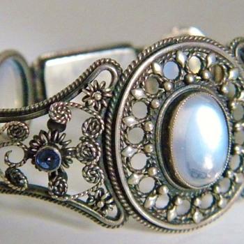Antique Ceylon Moonstone Sapphire Silver Bracelet - Fine Jewelry